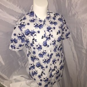 Other - NWT mens size L athletic cut Button Front floral